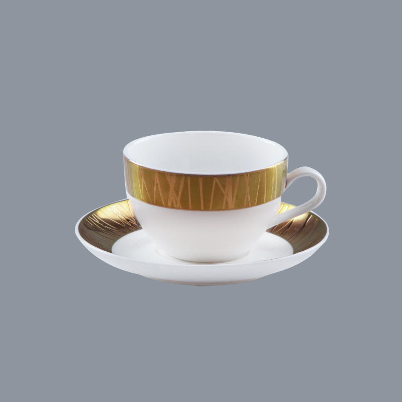 plate gloden Two Eight fine china tea sets
