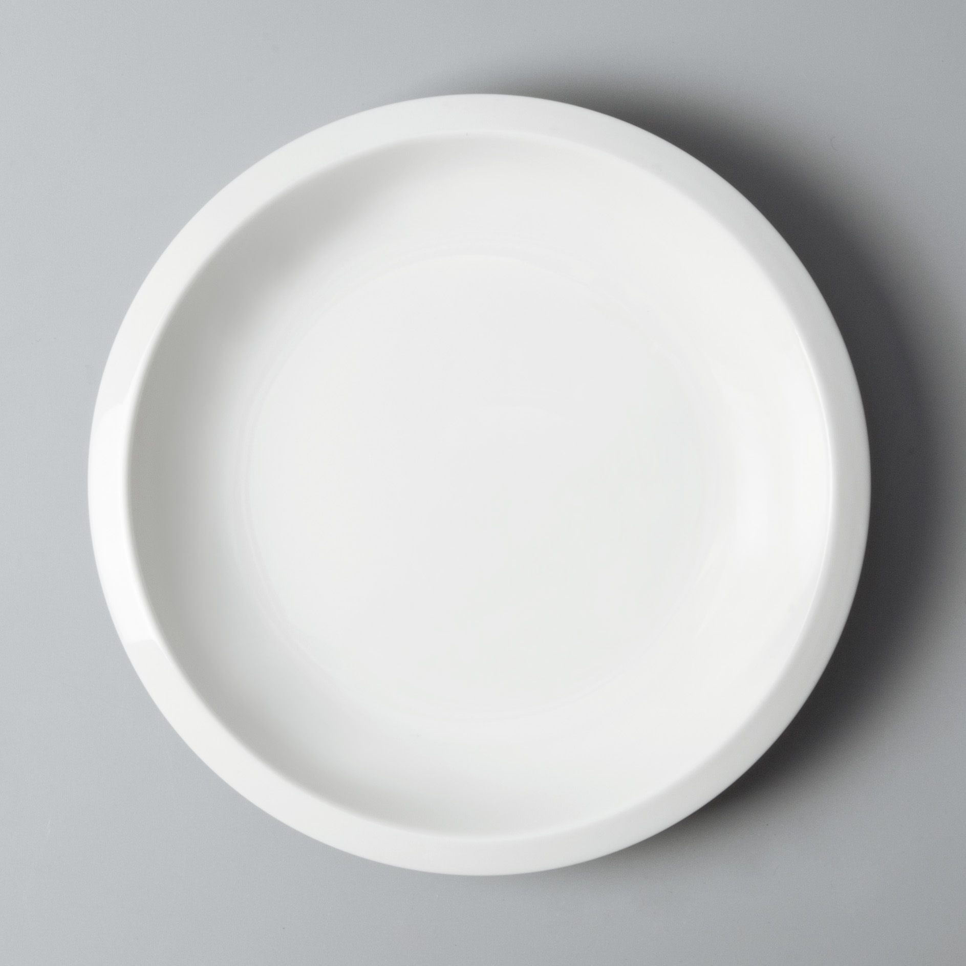 Two Eight rim cool restaurant plates customized for restaurant-3