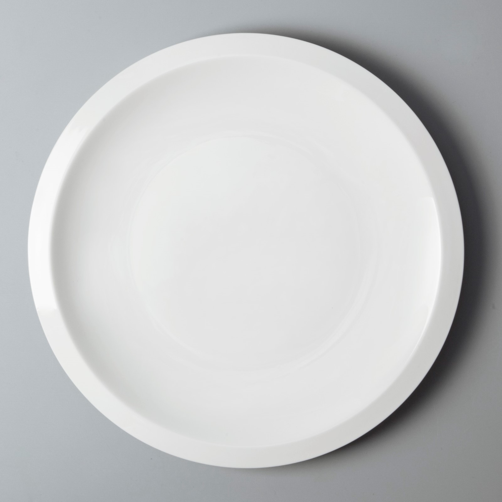 Two Eight rim cool restaurant plates customized for restaurant-4
