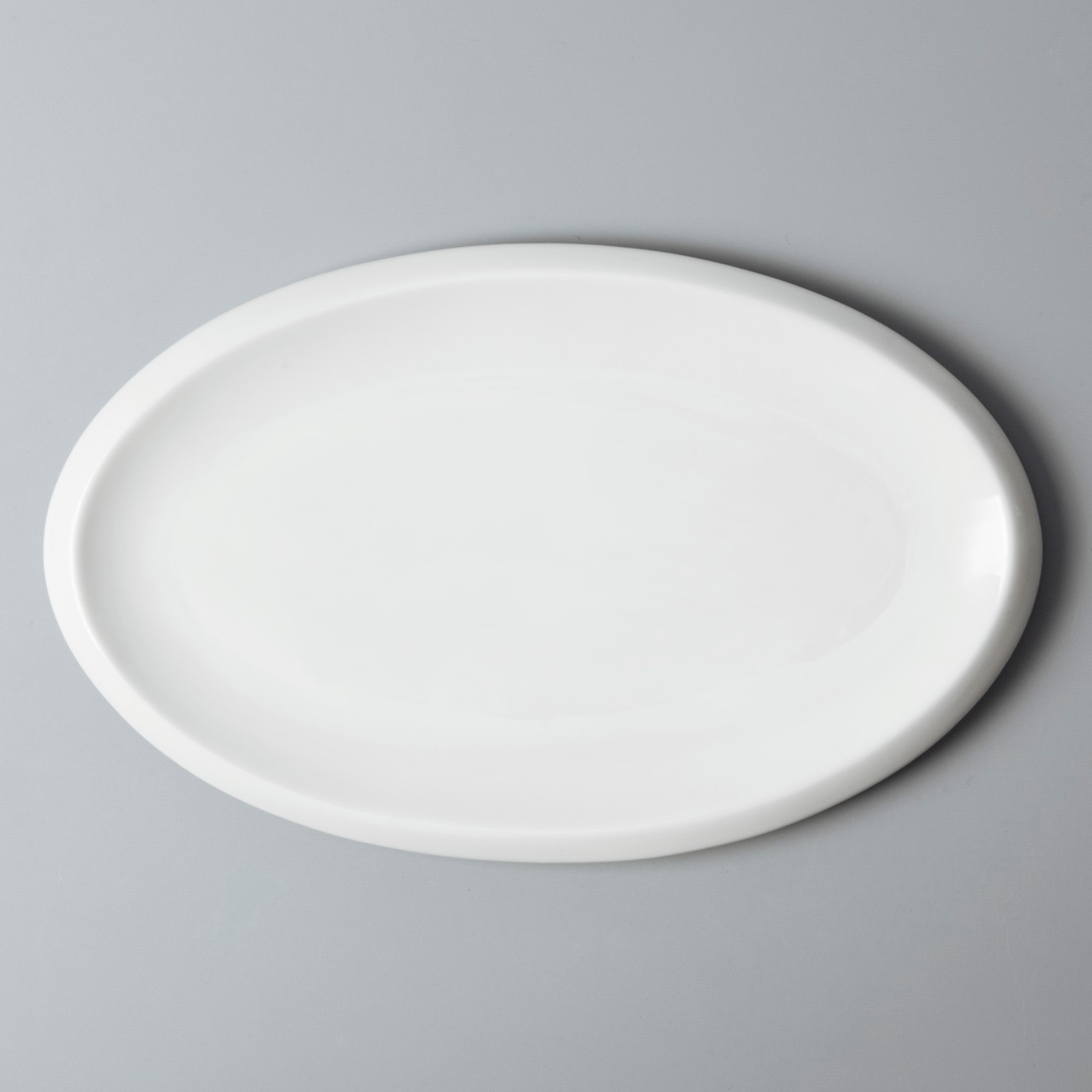 Two Eight rim cool restaurant plates customized for restaurant-5