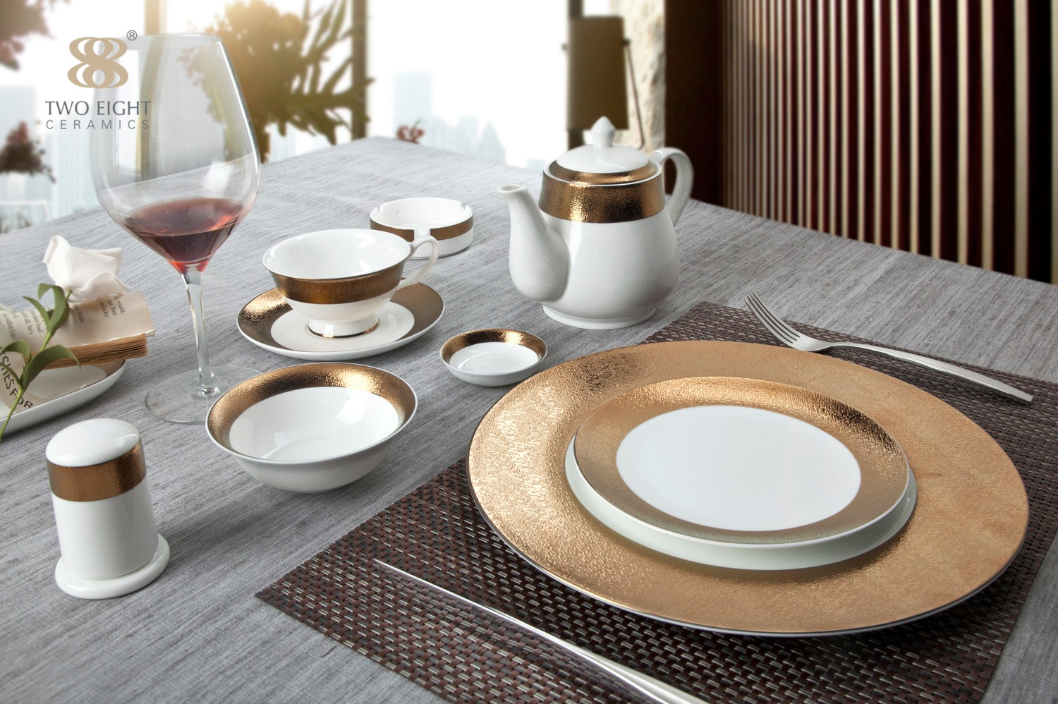 Two Eight-Guide About The Formal Restaurant Table Setting-1