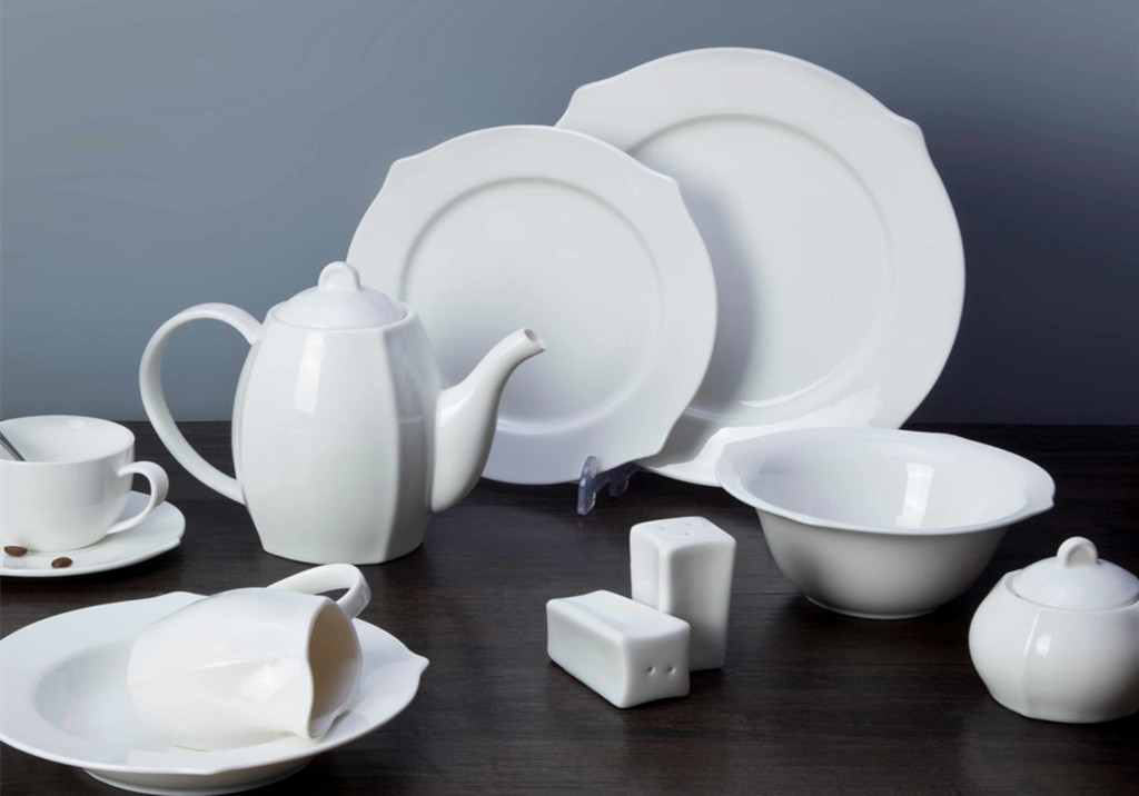 Two Eight-How To Care For Porcelain Tableware