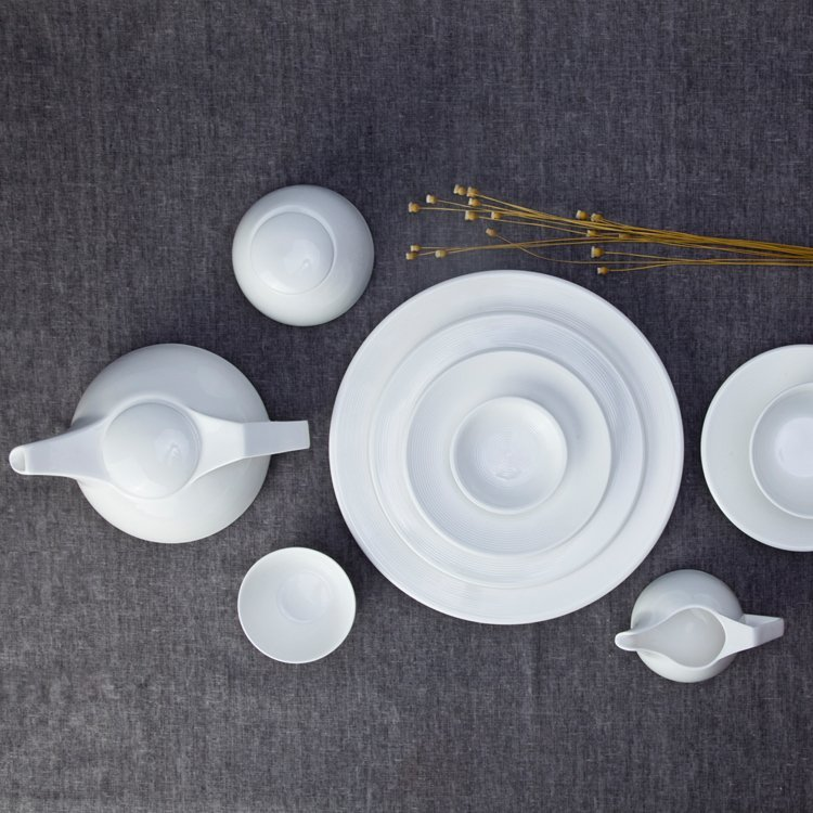 German Style Smoothly Glaze White Round Ceramic Dinnerware Sets - TW04