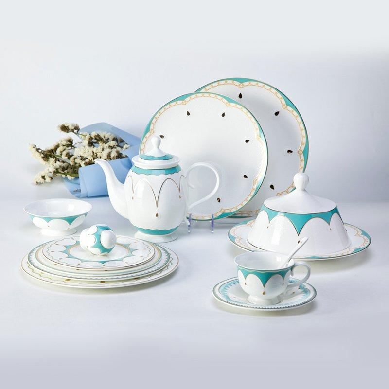 Round Colored Fashion Style Fine china Dinnerware with Decal Rim - TD16