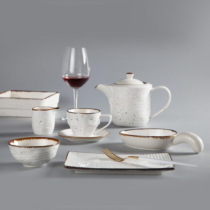 Round Casual Style Color Porcelain Dinner Set With Brown Rim - TC03