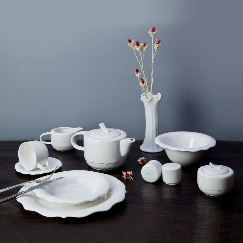 Contemporary White Dinnerware Set With Irregular Plate - TW14