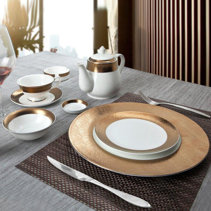 Safe Elegant Style Golden Fine Porcelain Dinnerware Sets for Hotel - TD13