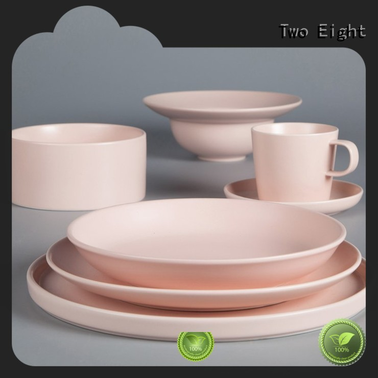 Two Eight smoothly porcelain plate set customized for home