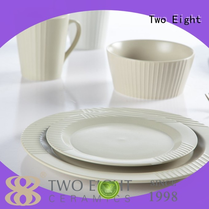 Two Eight everyday porcelain company for dinning room