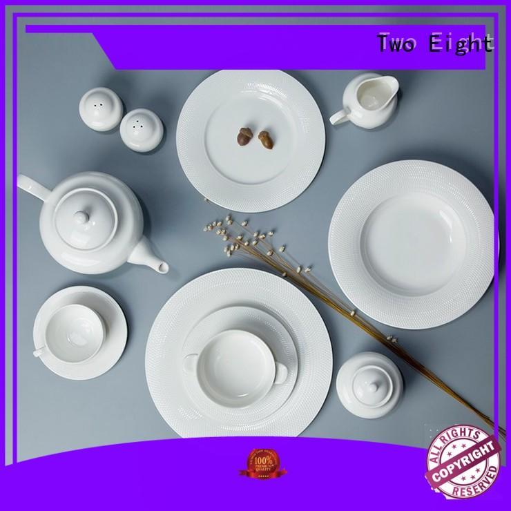 Two Eight Vietnamese white dinner plates manufacturer for restaurant