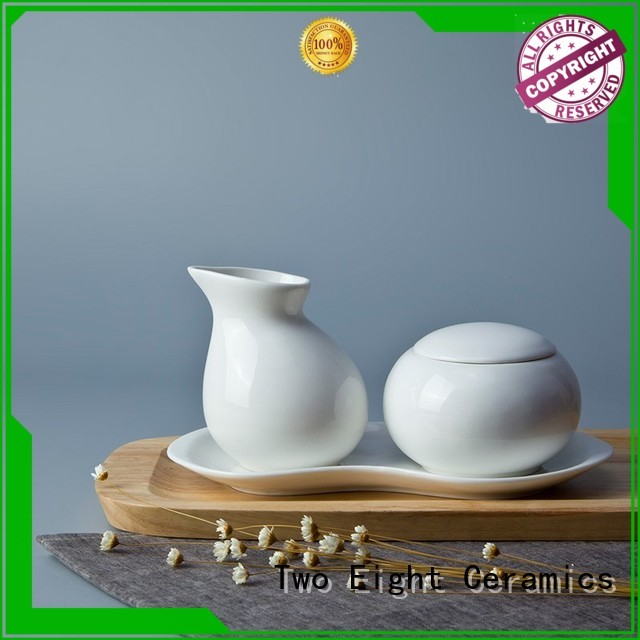Two Eight round catering chinaware with good price for restaurant