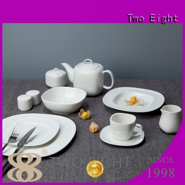 Two Eight white porcelain dinner plates bulk Supply for dinner
