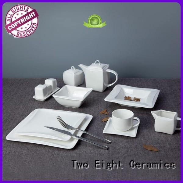 white porcelain plate set
