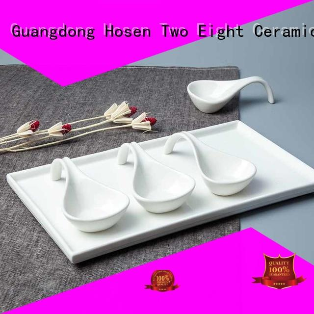 Two Eight golden porcelain dinnerware with good price for dinning room