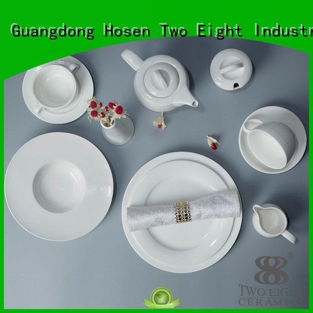 white porcelain tableware smooth bistro restaurant hotel