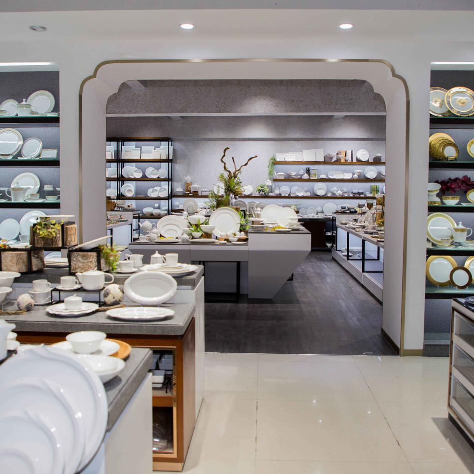 Our Showroom-28 Ceramic Dinnerware Sets Manufacturer
