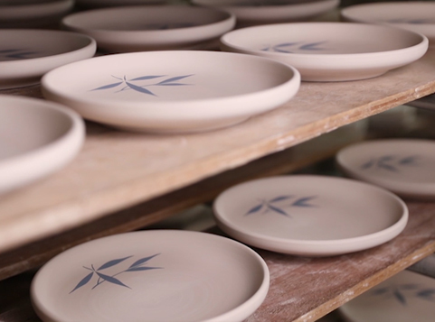 Ceramic Production Process: Hand Painted Ceramics, Manufacturers and Exporters: China
