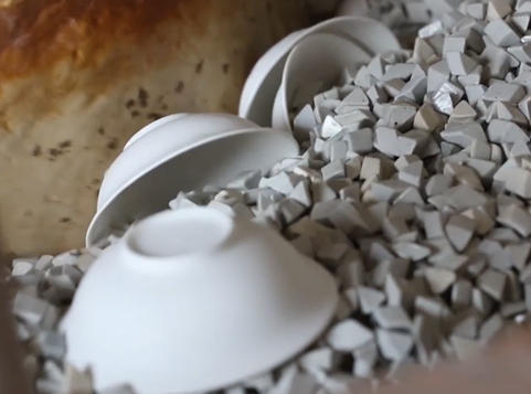 Bone China Crockery Manufacturing Process: Polishing Washing Water